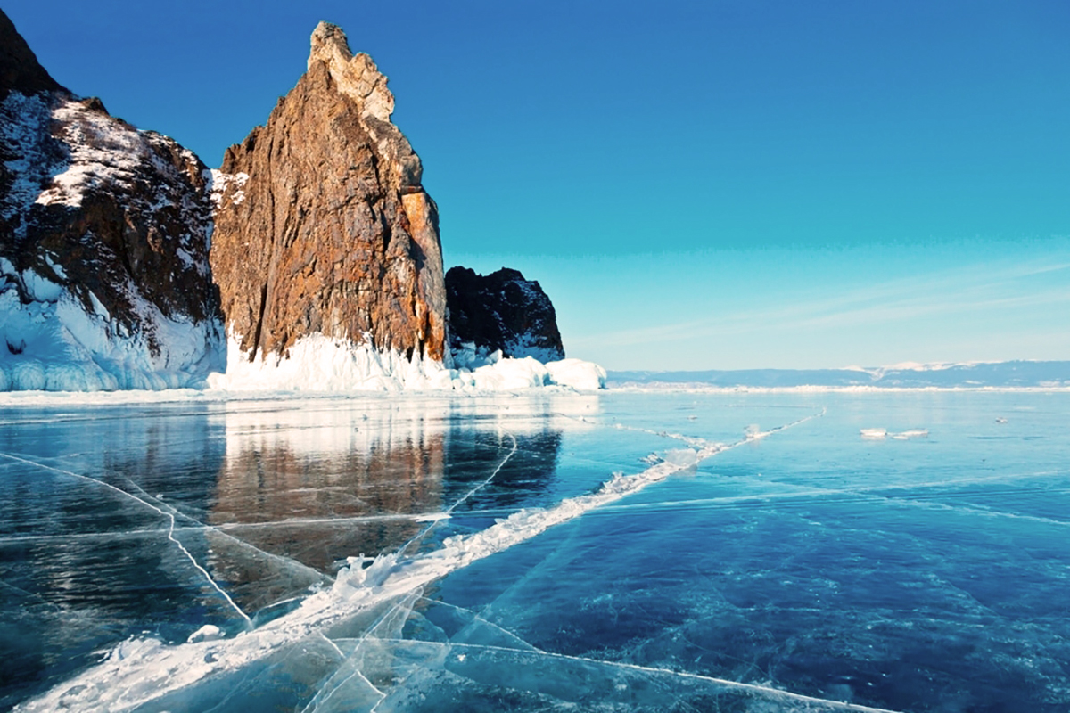 Baikal, the world-famous Siberian lake, invites you for a walk!